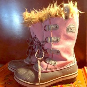 Sorel Pink Suede Boots Size 4